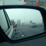 driving-in-fog-wing-mirror-xla-3492-2100-1417338743